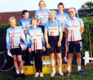 Fra venstre: Jens Jørgen Dahl, Christian Marcussen, Iben Kastrup, Anne Engell, Jørn Nielsen, Ulrik Kastrup og Cai Risskov.