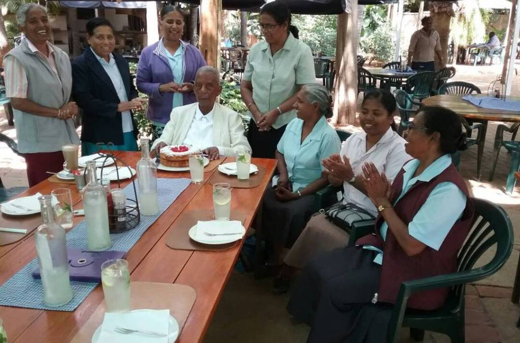 Sisters celebrate 90th birthday of Bishop Setlalekgosi