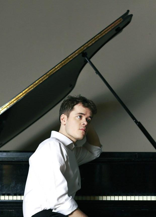 "In Orange County, Grosvenor's program includes Mozart, Scriabin and a warhorse -- Beethoven's ""Moonlight"" sonata. (Decca/Sophie Wright)"