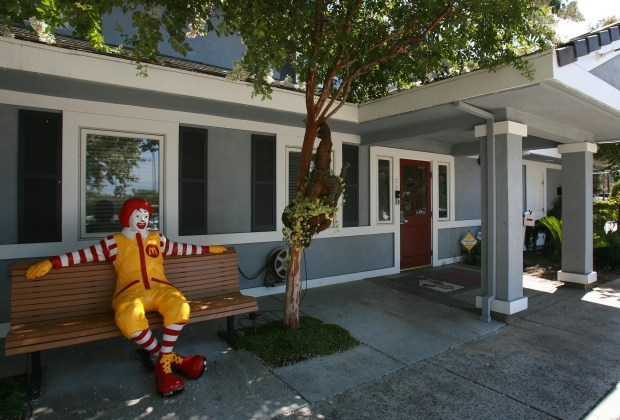 Ronald McDonald sits at the entrance to the Ronald McDonald House in Loma Linda. The facility recently expanded to 54 rooms. File photo by David Bauman, The Press-Enterprise/SCNG