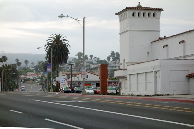 The San Clemente Planning Commission on June 7 approved plans to transform the landmark Miramar Theater, which opened in 1938 and closed in the early 1990s, and an adjacent bowling alley into and events center with restaurants. (File photo: Fred Swegles, Orange County Register, SCNG)