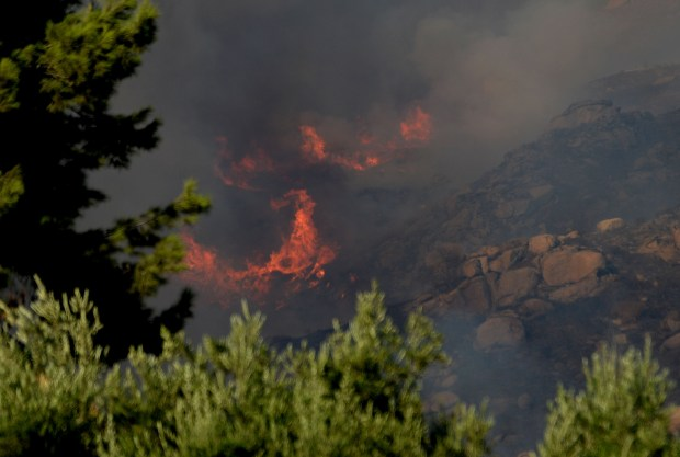 The Blaine fire burns in the Box Springs Mountains between Riverside and Moreno Valley on Sunday, Aug. 13, 2017. (Photo by Will Lester, The Press-Enterprise/SCNG)