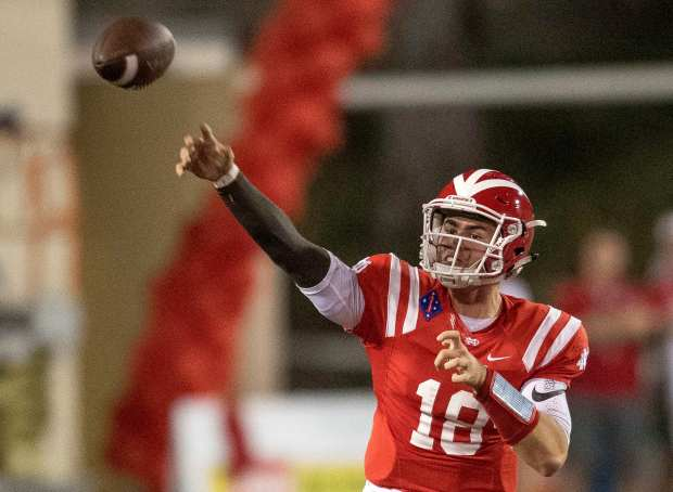Mater Dei's JT Daniels fires a pass against Bishop Gorman in the first quarter in Santa Ana on Friday, September 1, 2017. (Photo by Paul Rodriguez, Orange County Register/SCNG)