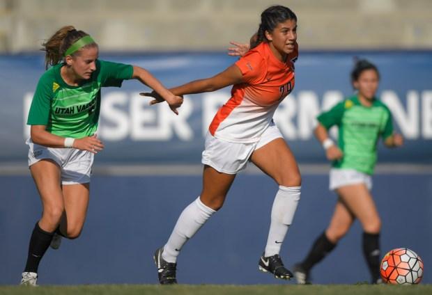Samantha Koemans competes for Cal State Fullerton women's soccer.Photo by Matt Brown/Cal State Fullerton