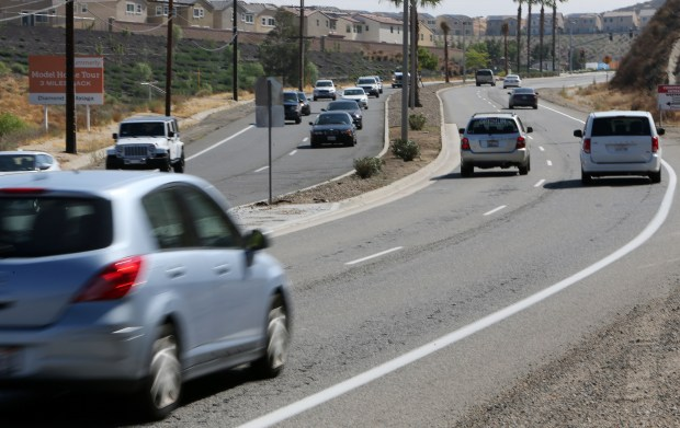 The city plans to widen Railroad Canyon Road from four lanes to six lanes, making it a six lane road for its entire length in Lake Elsinore Wednesday, September 13, 2017. FRANK BELLINO, THE PRESS-ENTERPRISE/SCNG