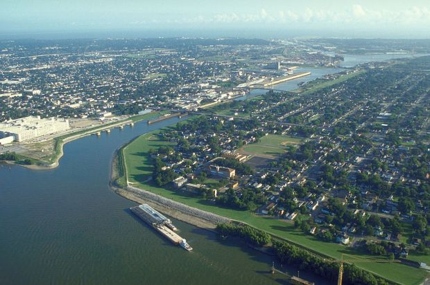 Water and New Orleans are partners, but sometimes not so friendly partners. New Orleans. Photo: Free-use photo via Wikimedia Commons.jpg