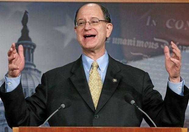 WASHINGTON, DC - APRIL 09: U.S. Rep. Brad Sherman (D-CA), talks about big banks during a news conference on Capitol Hill, April 9, 2013 in Washington, DC. Sen. Bernie Sanders and Rep. Sherman announced legislation to break up big banks that are bigger now than before a taxpayer bailout following the 2008 financial crisis. (Photo by Mark Wilson/Getty Images)