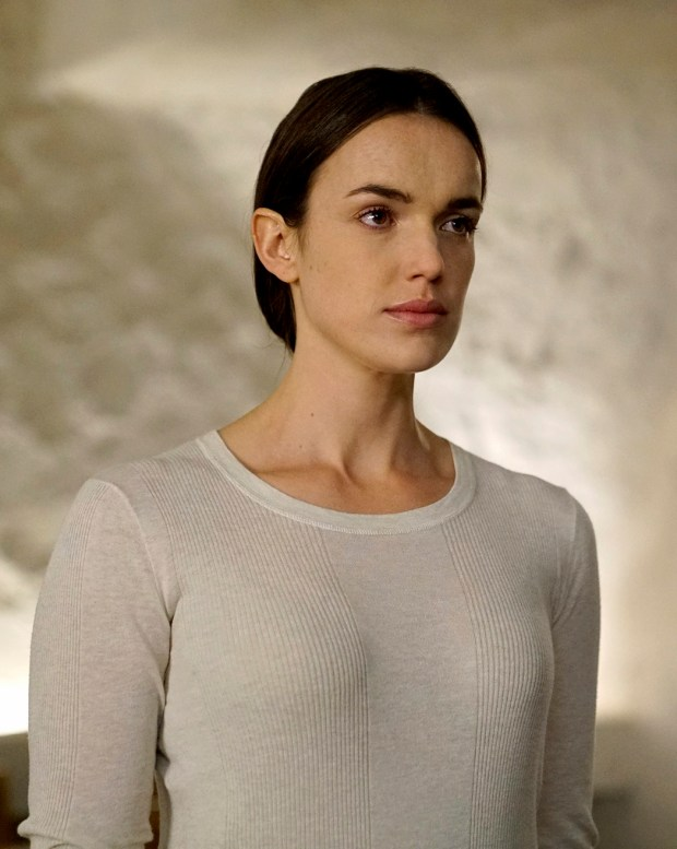"Elizabeth Hentridge in ABC's ""Marvel's Agents of S.H.I.E.L.D,"" which will air aon Hulu a day after airing on the network."