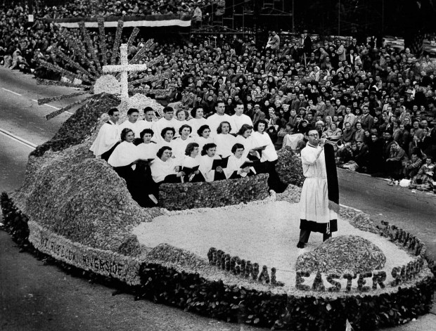Riverside singers appear in the city's 1951 Rose Parade float. Photo courtesy of Gloria Bonokosi