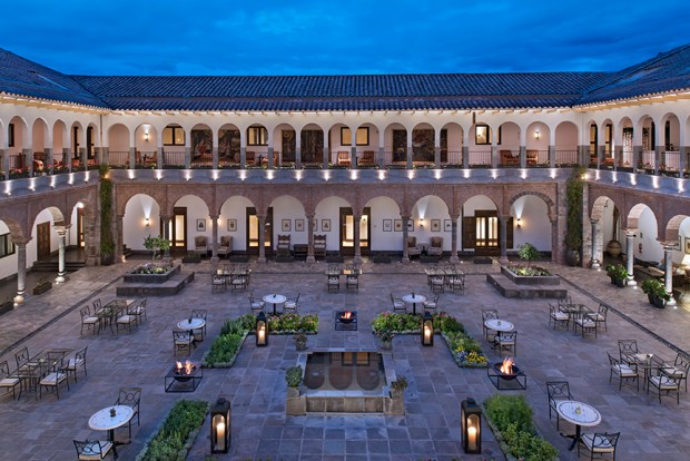 JW-Marriott-El-Convento-Cusco-Patio-Peru