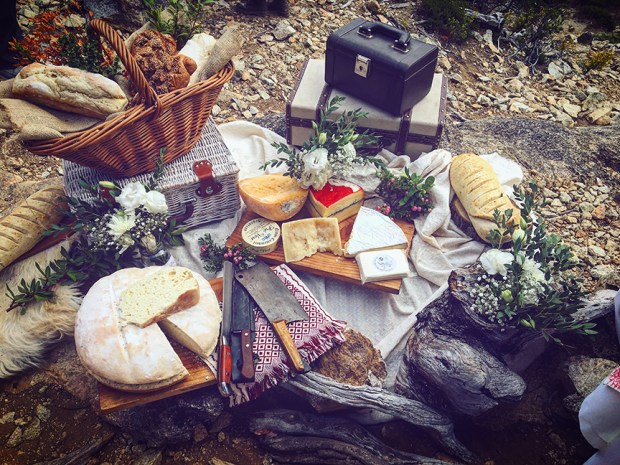 Picnic-in-Bariloche-with-Esencia