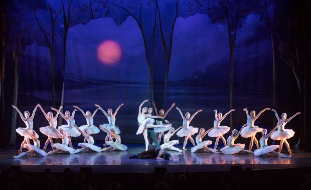 Los Angeles Ballet's 'Swan Lake' soars to world class