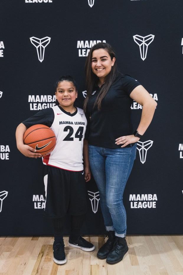 La entrenadora de Mamba League Serena Limas y Melony Rendon en el Torneo de Final de Temporada 2018. (Foto suministrada)