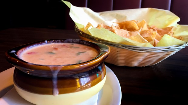 El Matador in Costa Mesa serves authentic Tex Mex-style chile con queso with freshly fried tortilla chips. (Photo by Brad A. Johnson, Orange County Register/SCNG)