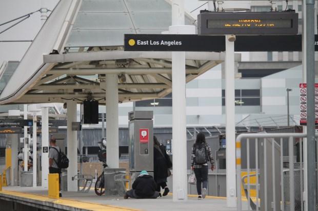 Los usuarios de Metro tendrán una nueva alternativa de transporte, desde el centro de Los Ángeles a la ciudad de Artesia, o bien, podrían usar las paradas intermedias para llegar más pronto a Long Beach. (Jorge Luis Macías)