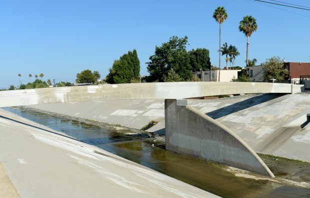 Can LA leaders convince Angelenos a river runs through it?
