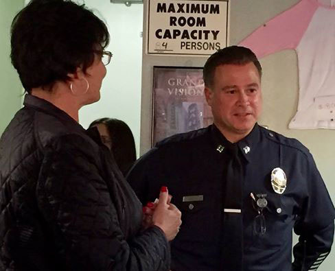 lapd harbor division capt mike oreb meets with harbor area residents after starting his new post in march 2016