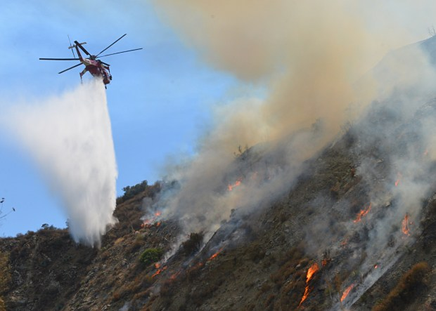Azusa Canyon Fire Map.Forest Fire Above Glendora And Azusa Burns 166 Acres Is 54 Percent