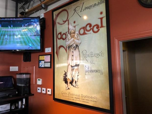 Italian food makes Pagliacci's in Studio City a neighborhood favorite