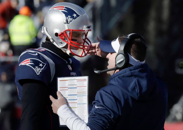Whicker: Josh McDaniels overcomes his balk, still pitching for Patriots