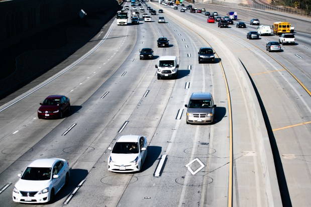 Drivers can now enter, exit 91 Freeway carpool lanes