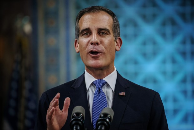 Coronavirus: As Garcetti trumpets 'tests for all,' L.A. County officials firm on limited testing strategy