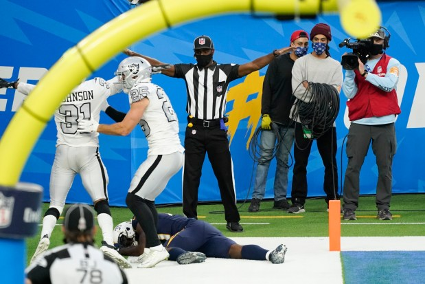 Raiders and Chargers seemed to know the outcome before it happened – Press Enterprise