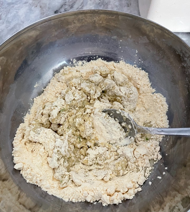 dahi bhalla mixture