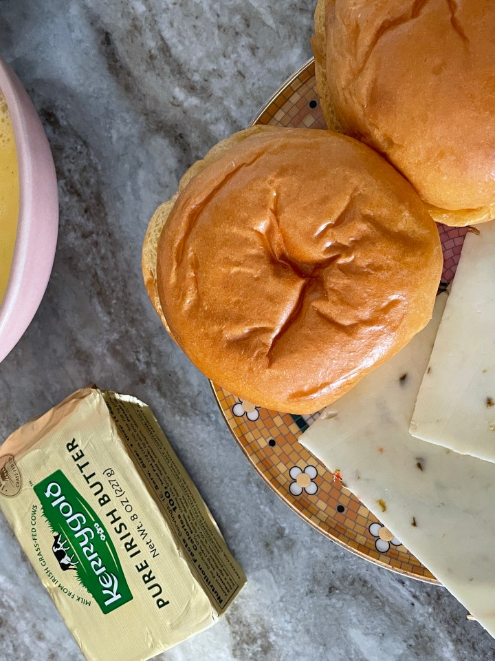 butter makes the eggs extra luscious in this. pepper jack cheese adds a nice spice