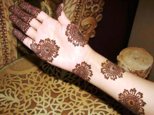Eid Ul Adha Mehndi Designs 2014-2015 For Hands (21)