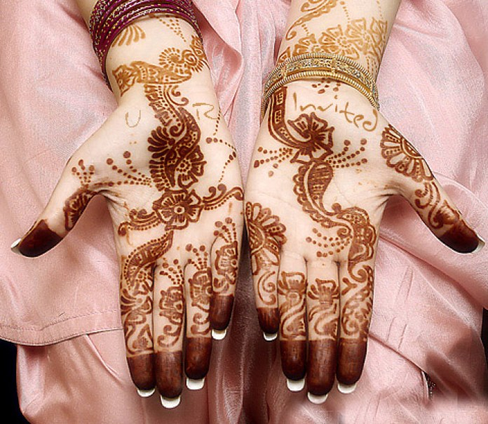 Latest Eid ul Adha Mehndi Designs 2014-15 For Asian Girls (3)