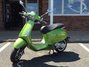 vespa 150 sprint verde
