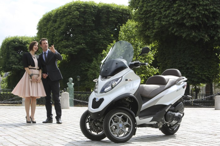 2015-piaggio-mp3-500-3-wheeled-scooter-is-here-photo-galleryvideo_4