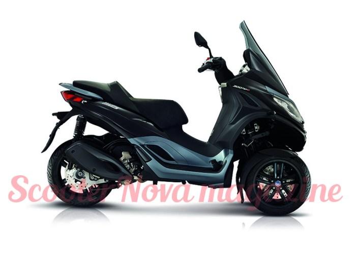eicma18_02 Piaggio MP3 300 hpe.jpg