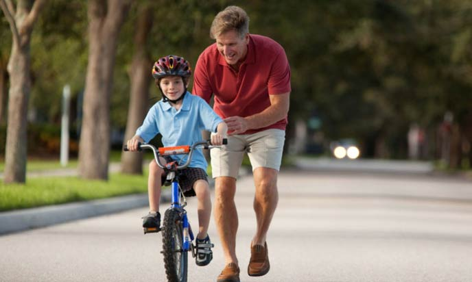 Outdoor Activities for Kids: 10 Brainstorming Games and Healthy
