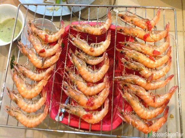 Sunbathing Shrimp Vietnam