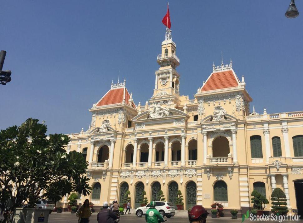 Ho Chi Minh City Hall Tracy 2