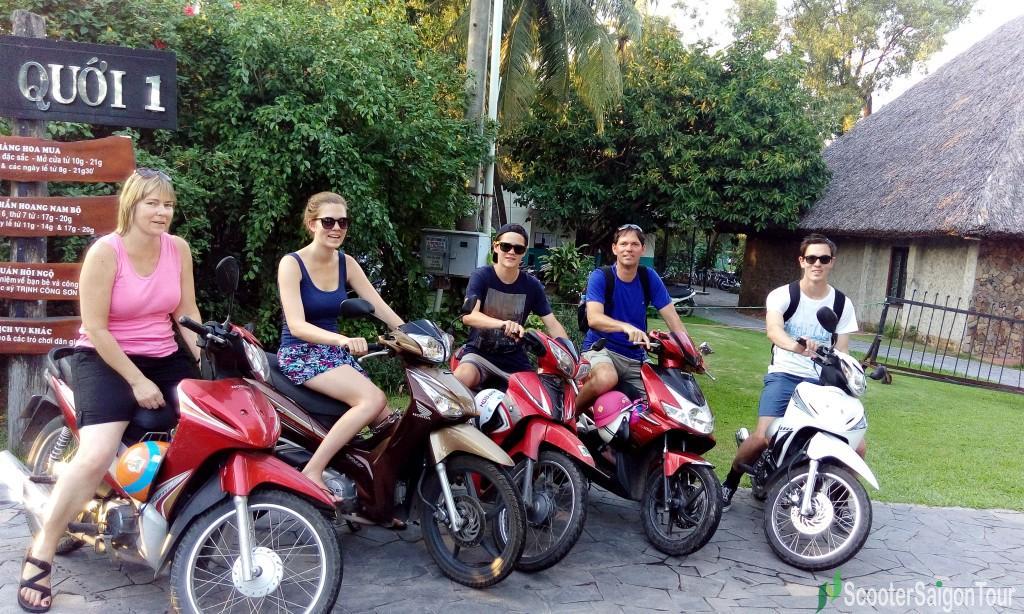 saigon motorbike tour at Binh Quoi 2