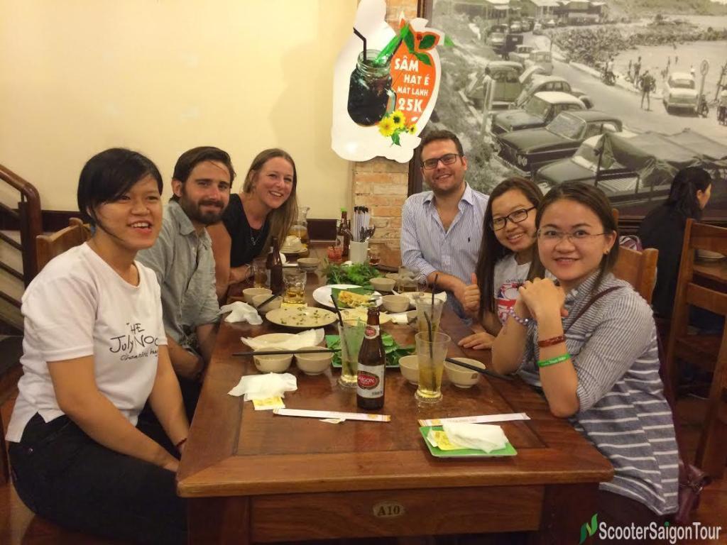 saigon sightseeing & street food tour