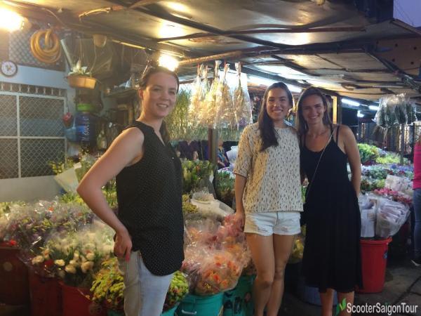 saigon sightseeing tour and street food ho thi ky flower market
