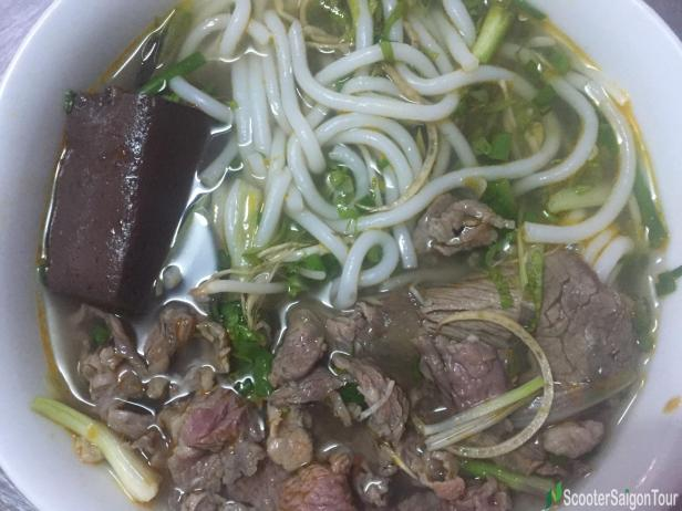hue-beef-noodle-in-nha-trang