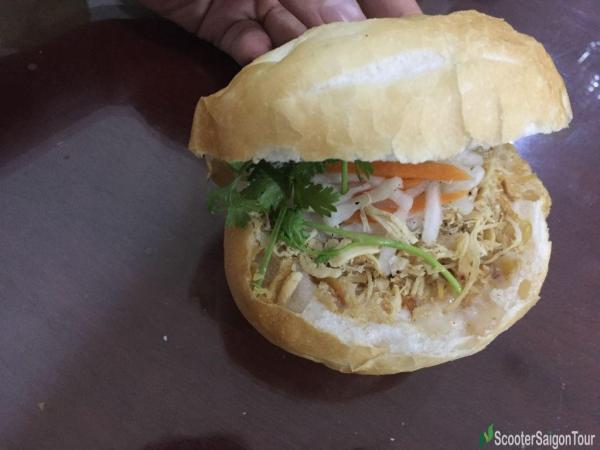 Vietnamese Bread With Shredded Chicken
