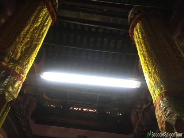 Inside Ngoc Hoang Pagoda Or Jade Emperor Pagoda (3)