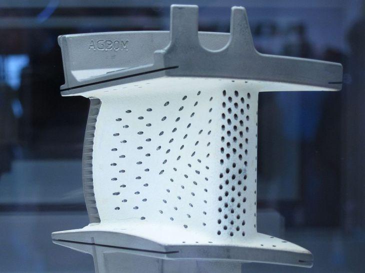 A turbine blade sample made of ceramic matrix composites