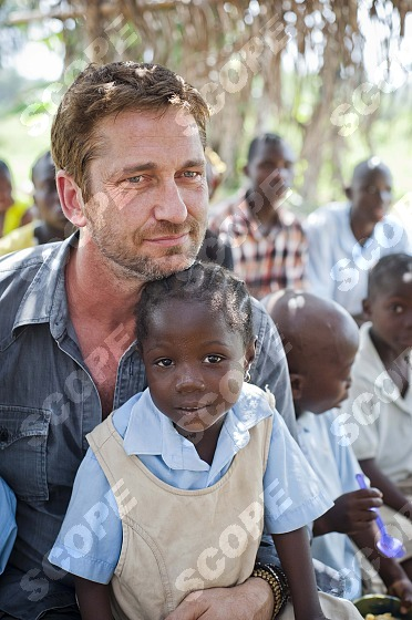 EXCLUSIVE EXCLUSIVE EXCLUSIVE Scottish actor GERARD BUTLER visited Liberia on behalf of the charity Mary's Meals. December 2013.