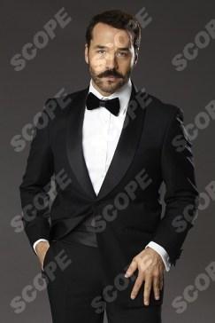 MR SELFRIDGES