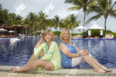 Anthea Turner and sister Wendy Turner-Webster in Mexico
