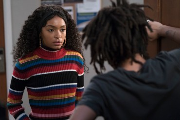 GROWN-ISH -YARA SHAHIDI (Freeform/Tony Rivetti)