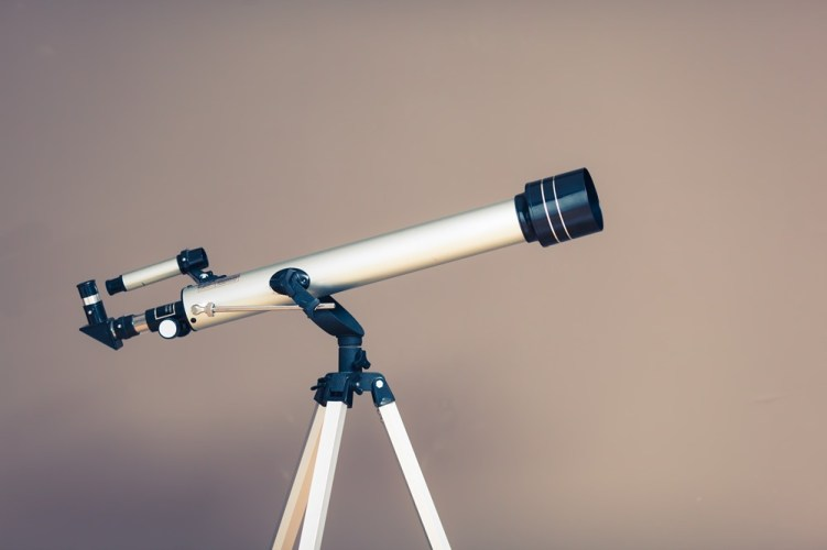 Buying a Telescope Under $100