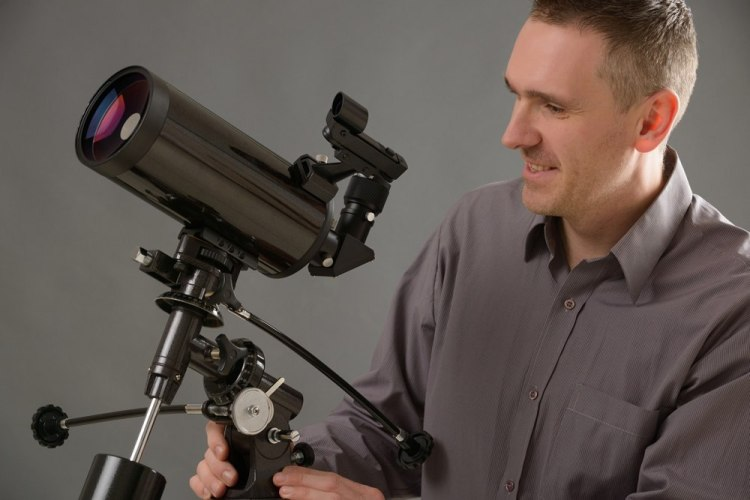 Telescope Buying Guide 2016